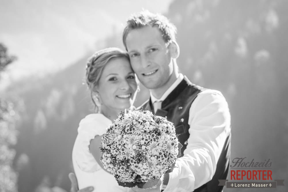Brautstrauß, Schwarz-weiß Fotografie bei Hochzeit, Land Salzburg, Fotograf