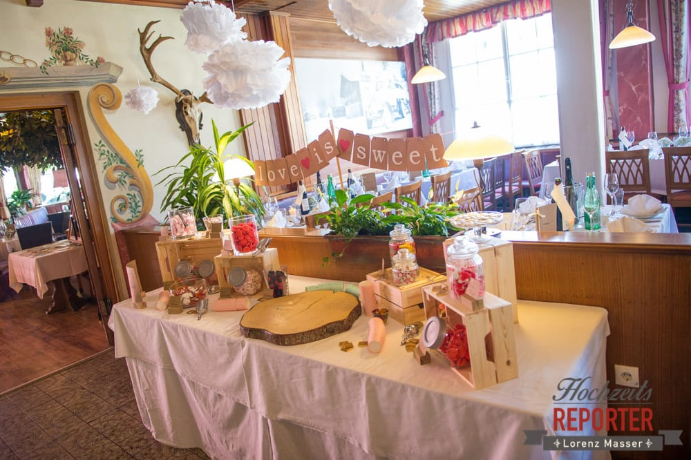 Hochzeitsdekoration mit Süßigkeiten, Süßigkeitenecke, Hochzeit, Hochzeitsfotograf, Altenmarkt, Land Salzburg, Lorenz Masser