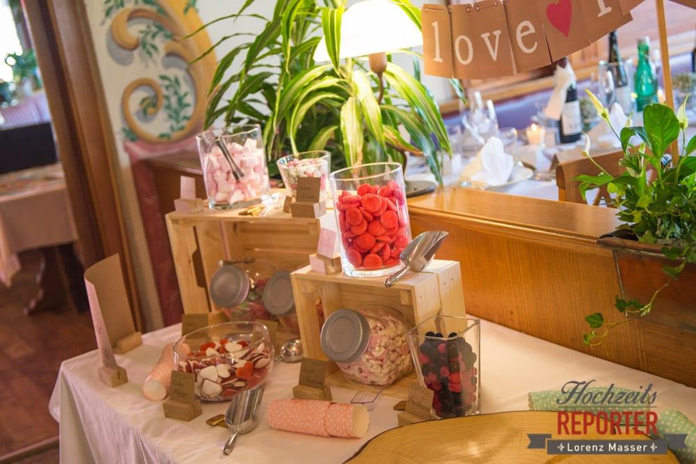 Süßigkeitenecke bei Hochzeit, Hochzeit, Hochzeitsfotograf, Altenmarkt, Land Salzburg, Lorenz Masser
