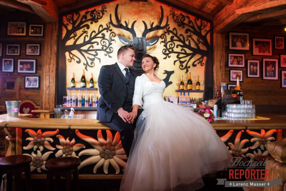 After Wedding Shooting im Hofstadel, Hofstadel in Flachau, Hochzeitsfotograf im Land Salzburg
