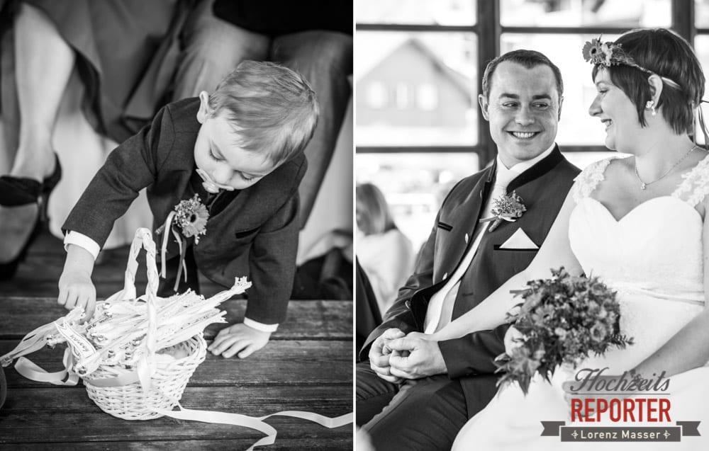 Kind bei der Hochzeit, Trauung, Fotograf, Hochzeitsfotograf, Fotoshooting, Steiermark, Grundlsee, Fotograf Land Salzburg