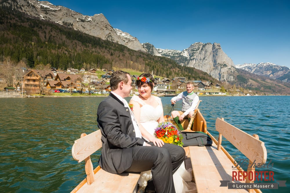 Hochzeit am See, Bootsfahrt am Grundelsee, Fotograf, Hochzeitsfotograf, Fotoshooting, Steiermark, Grundlsee, Fotograf Land Salzburg
