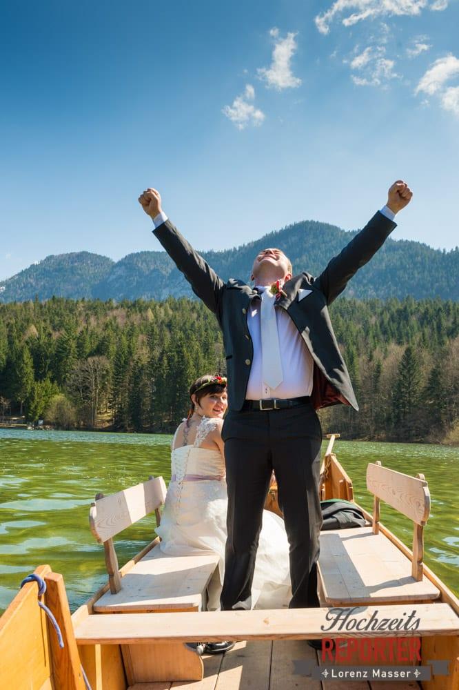 Ja sagen, Fahrt auf dem See, Hochzeit, Fotograf, Hochzeitsfotograf, Fotoshooting, Steiermark, Grundlsee, Fotograf Land Salzburg