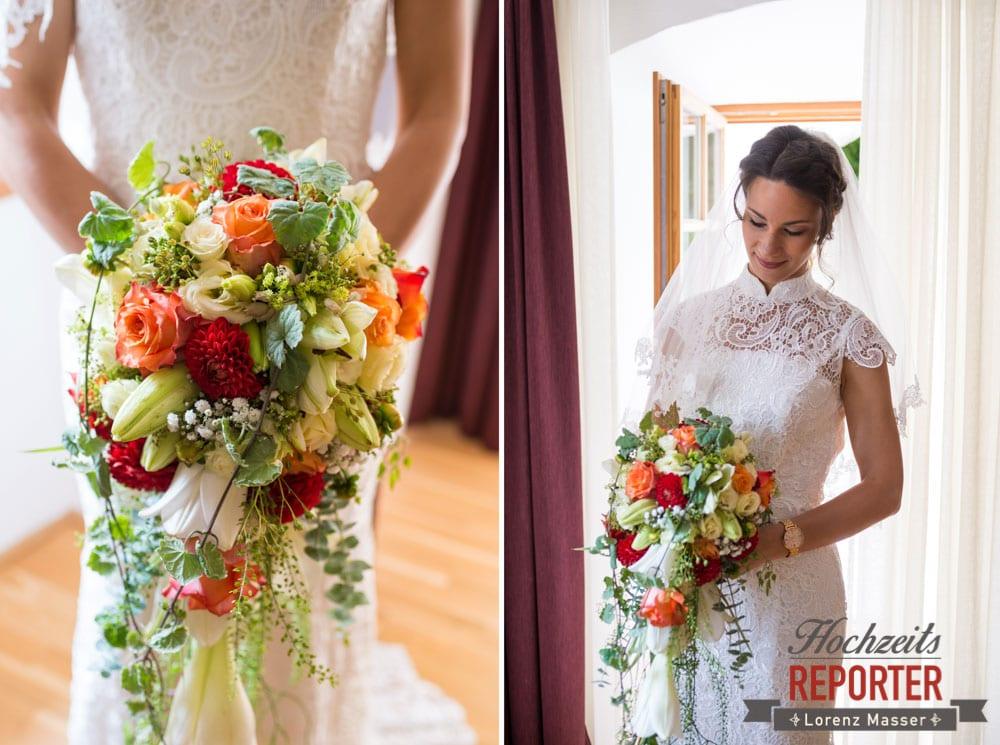 Braut mit Brautstrauß, Detailfotografie, Hochzeit, Hallstatt, Heritage Hotel, Hochzeit, Hochzeitsfotograf, Fotograf Land Salzburg, Lorenz Masser