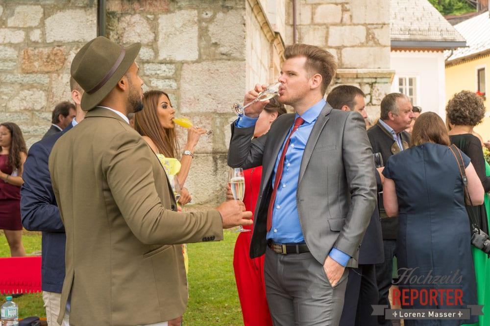 Sekt bei Hochzeit nach Trauung, Heritage Hotel, Hochzeit, Wedding, Hochzeitsfotograf, Fotograf Land Salzburg, Lorenz Masser