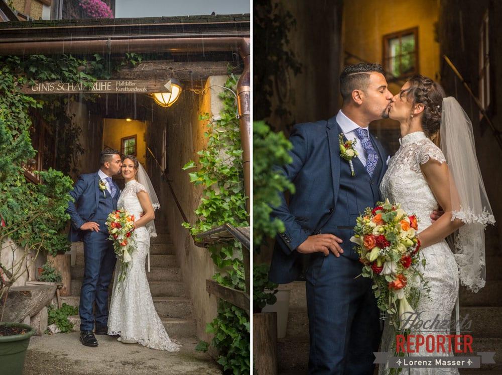 Brautpaar küsst sich, warme Farben, Heritage Hotel, Hochzeit, Wedding, Hochzeitsfotograf, Fotograf Land Salzburg, Lorenz Masser