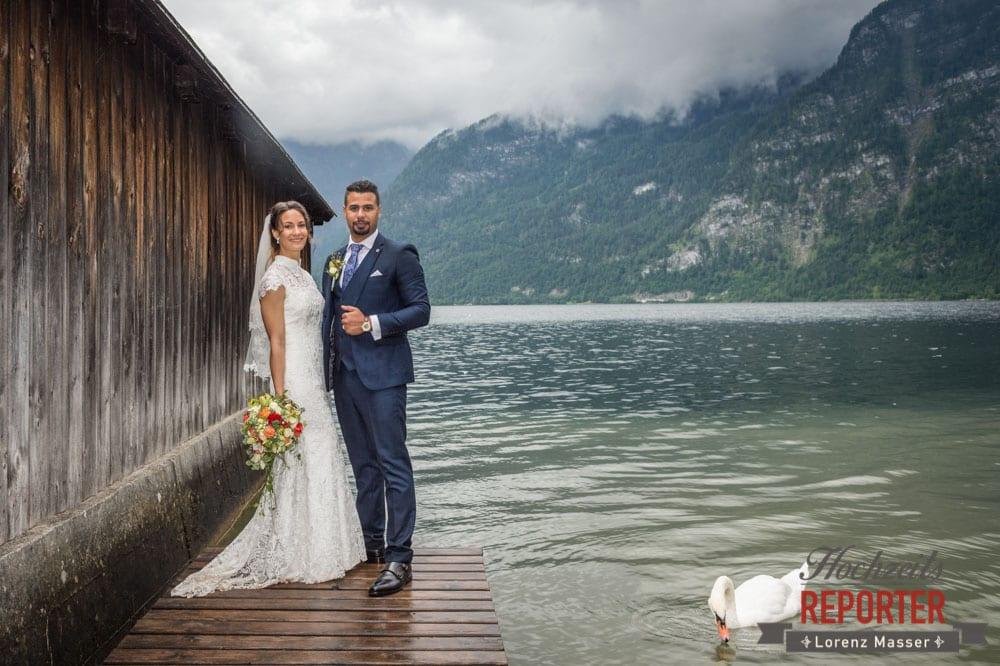 Brautpaar am See mit Schwänen, Heritage Hotel, Hochzeit, Wedding, Hochzeitsfotograf, Fotograf Land Salzburg, Lorenz Masser