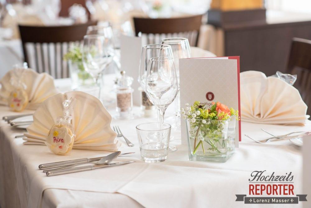 Tischdeko bei Hochzeit, Hochzeitsbankett, Heritage Hotel, Hochzeit, Wedding, Hochzeitsfotograf, Fotograf Land Salzburg, Lorenz Masser