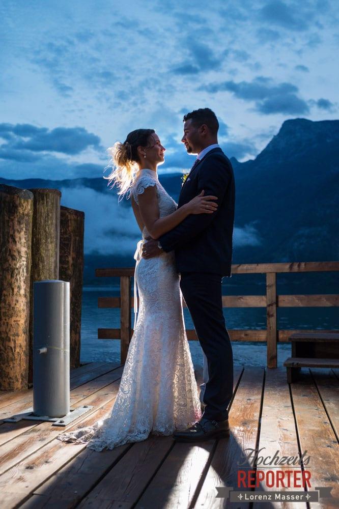 Dramatische Hochzeitsbilder am Abend, Portraitfotos am See, Heritage Hotel, Hochzeit, Wedding, Hochzeitsfotograf, Fotograf Land Salzburg, Lorenz Masser
