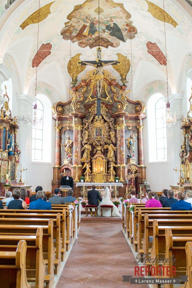 Trauung in Kirche Heiliger Leonhard, Hochzeit, Hochzeitsfotograf, Brautpaar, Land Salzburg, Leogang, Asitz