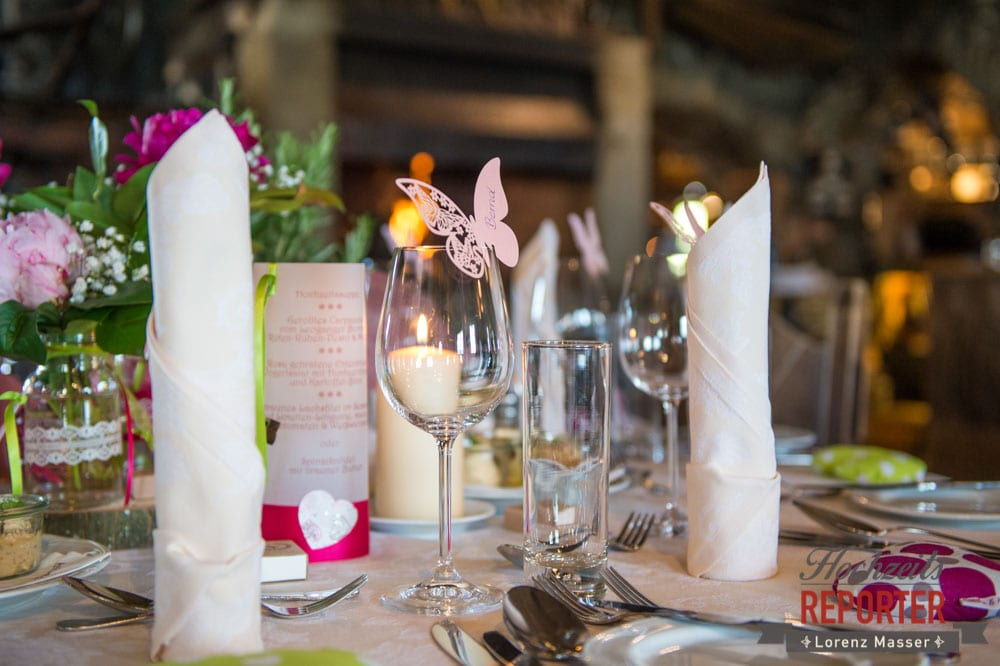 Tischdeko, Tischdekoration, Pinke Tischdekoration, Hochzeit, Hochzeitsfotograf, Land Salzburg, Leogang, Asitz