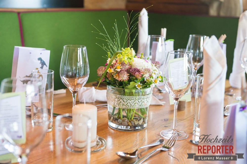 Tischdekoration auf einer Hochzeitstafel, Lisa Alm, Flachau, Hochzeit, Wedding, Hochzeitsfotograf, Land Salzburg, Lorenz Masser